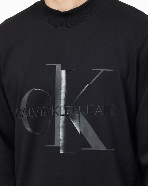 CALVIN KLEIN 남성 샤이니 모노그램 크루넥 스웨트셔츠