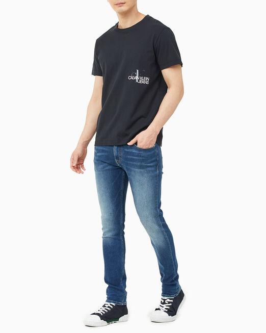 CALVIN KLEIN 남성 CK 모노그램 클리어 프린트 티셔츠