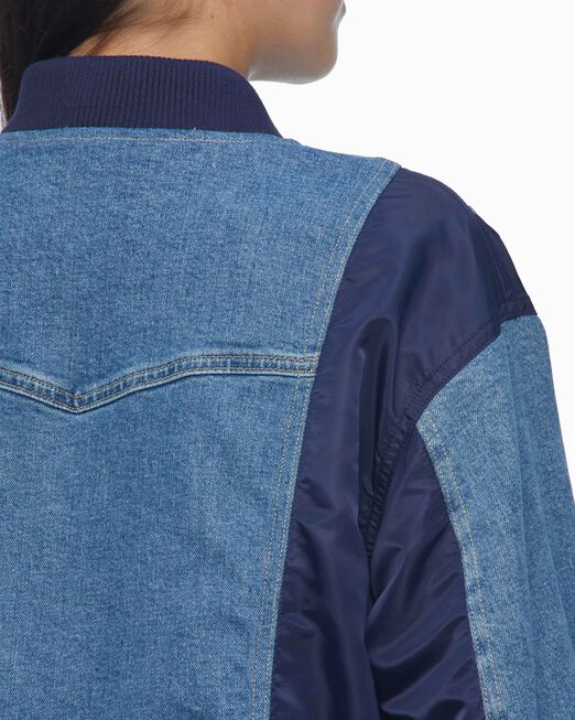 CALVIN KLEIN 여성 릴렉스핏 하이브리드 데님 재킷