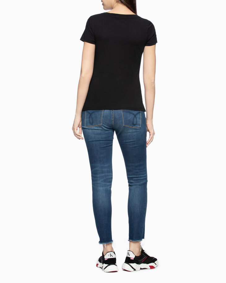 CALVIN KLEIN CKJ 022 INFINITE COOL BODY ANKLE JEANS