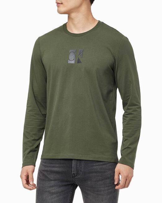 CALVIN KLEIN 남성 스몰 센터 CK 박스 슬림 긴팔 티셔츠