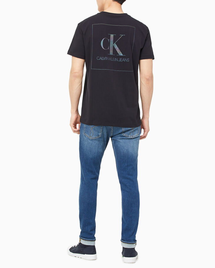 CALVIN KLEIN REFLECTION IRIDESCENT BOX TEE
