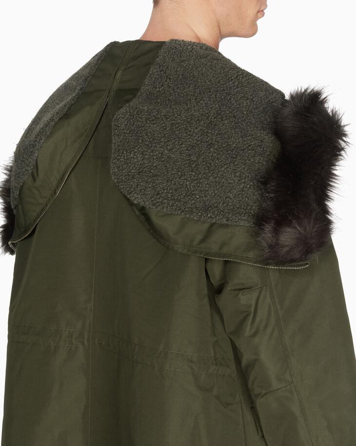CALVIN KLEIN 2 合 1 長版連帽防風外套