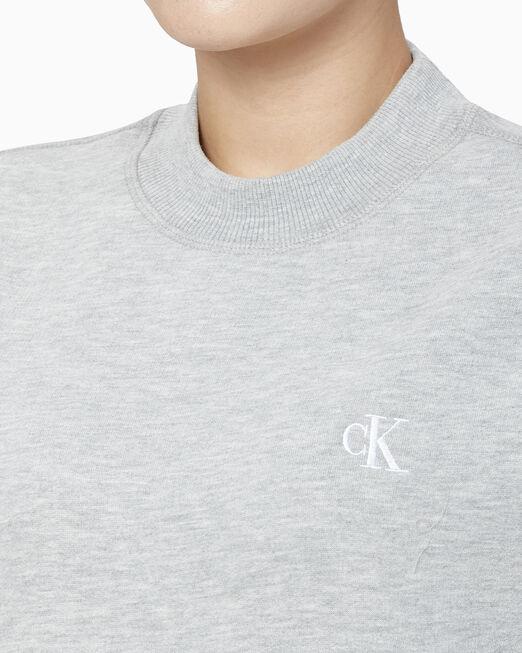 CALVIN KLEIN 여성 자수 레귤러핏 크루넥 스웨트셔츠