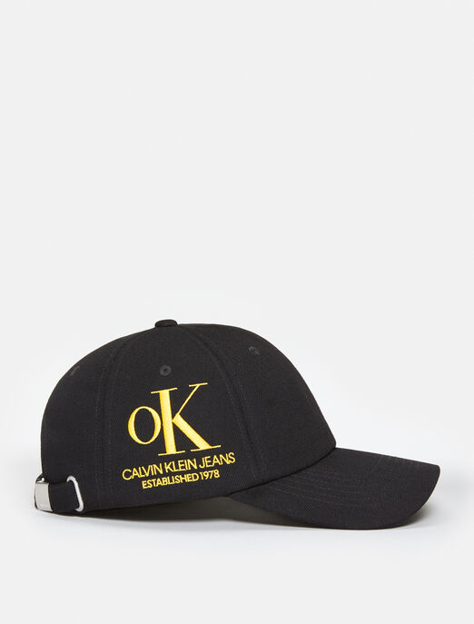 CALVIN KLEIN OK LOGO BLACK WASH DENIM CAP