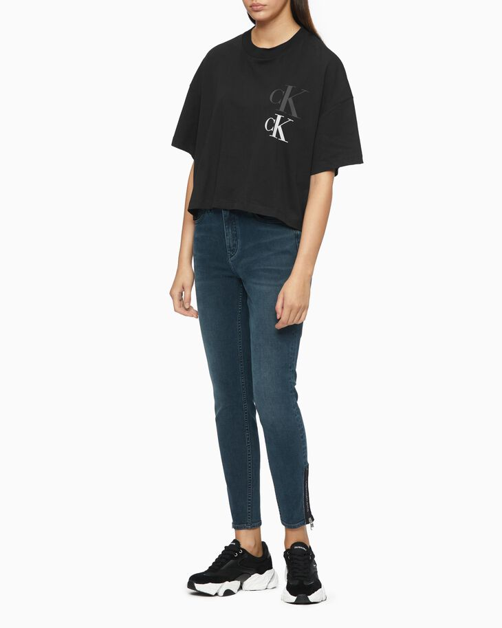 CALVIN KLEIN SUSTAINABLE OVERSIZED LOGO TEE