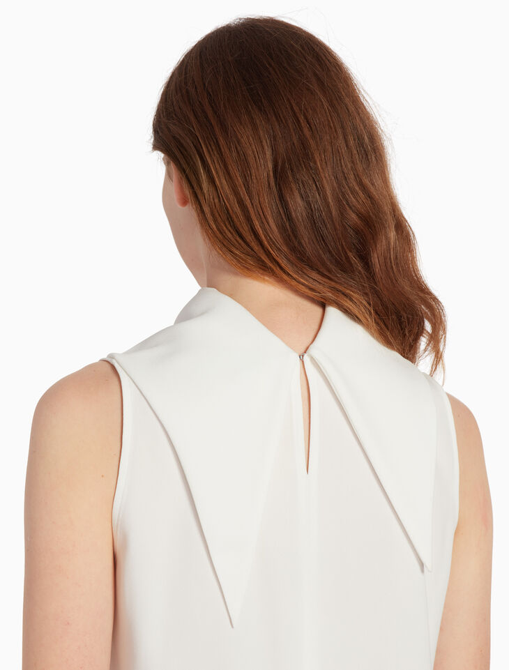 CALVIN KLEIN SATIN BACK CREPE TOP