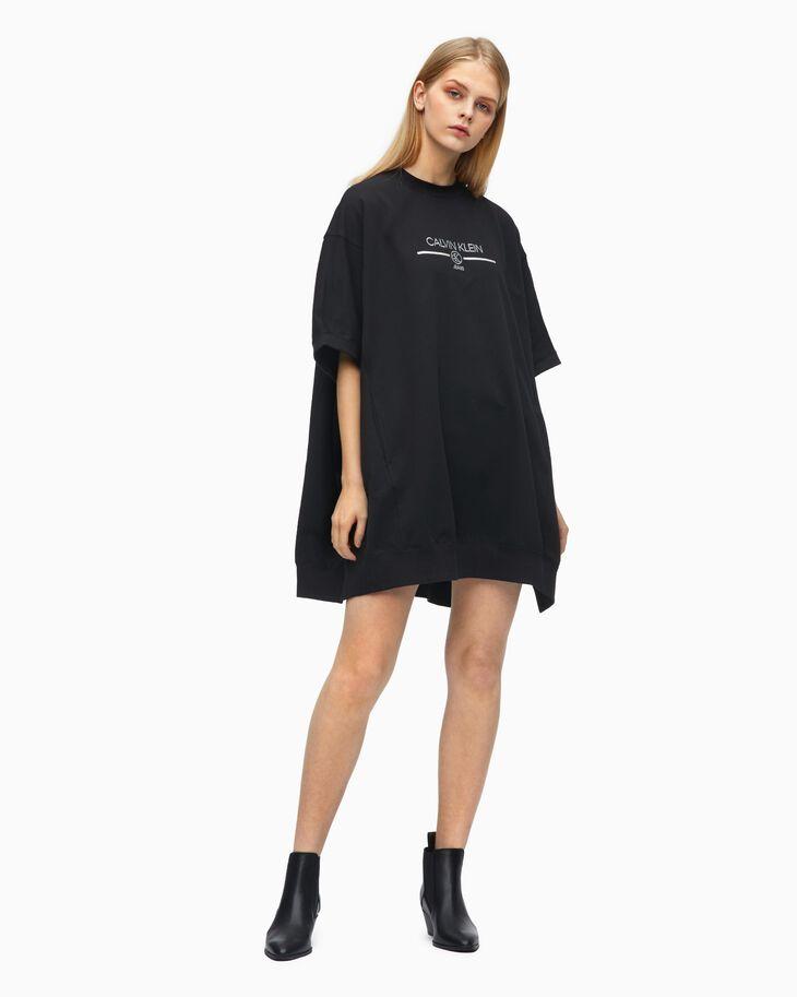 CALVIN KLEIN ORGANIC COTTON IRIDESCENT LOGO CAPE 洋裝
