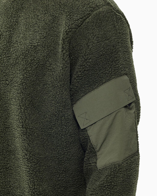 CALVIN KLEIN 남성 쉐르파 크루넥 스웨트셔츠