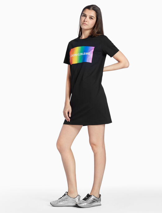 CALVIN KLEIN RAINBOW LOGO 티셔츠 드레스