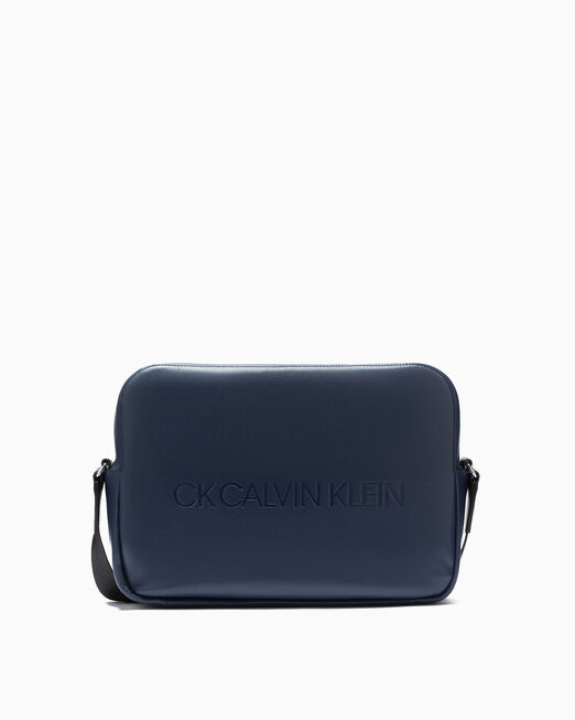 CALVIN KLEIN BOXED MESSENGER BAG