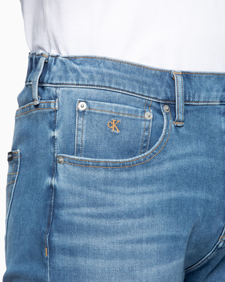 CALVIN KLEIN WASHED JOGGER JEANS