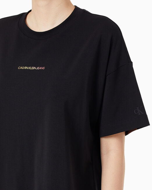 CALVIN KLEIN 여성 디그라데이션 백 로고 티셔츠