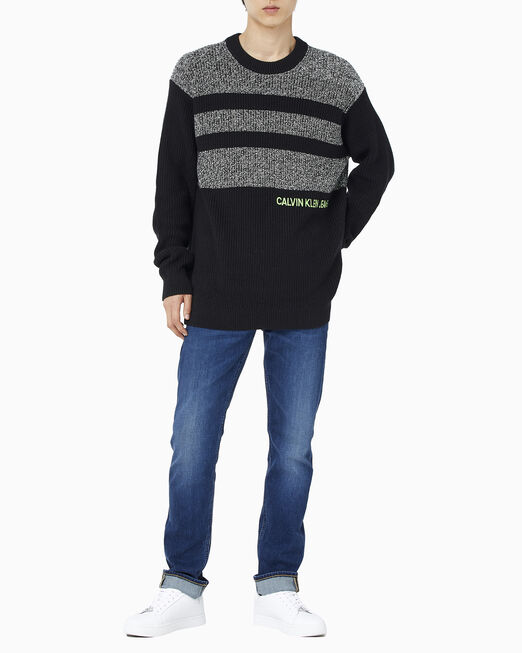 CALVIN KLEIN 남성 릴렉스핏 헤더 블로킹 스웨터