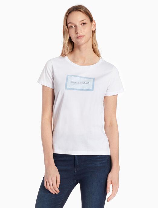 CALVIN KLEIN FS_여성 플로럴 로고 스트레이트 핏 티셔츠
