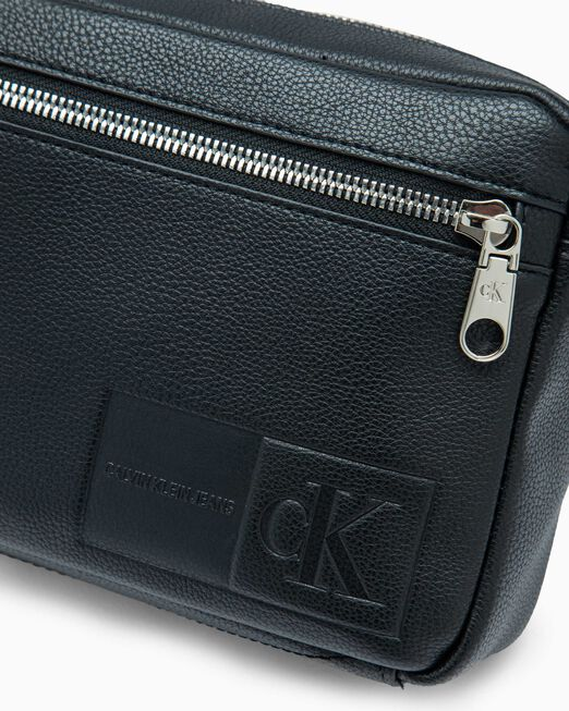 CALVIN KLEIN MICRO PEBBLE UTILITY CAMERA BAG