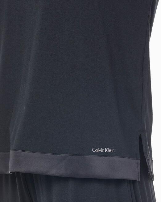 CALVIN KLEIN 여성 모달 사틴 브이넥 롱 슬리브 탑