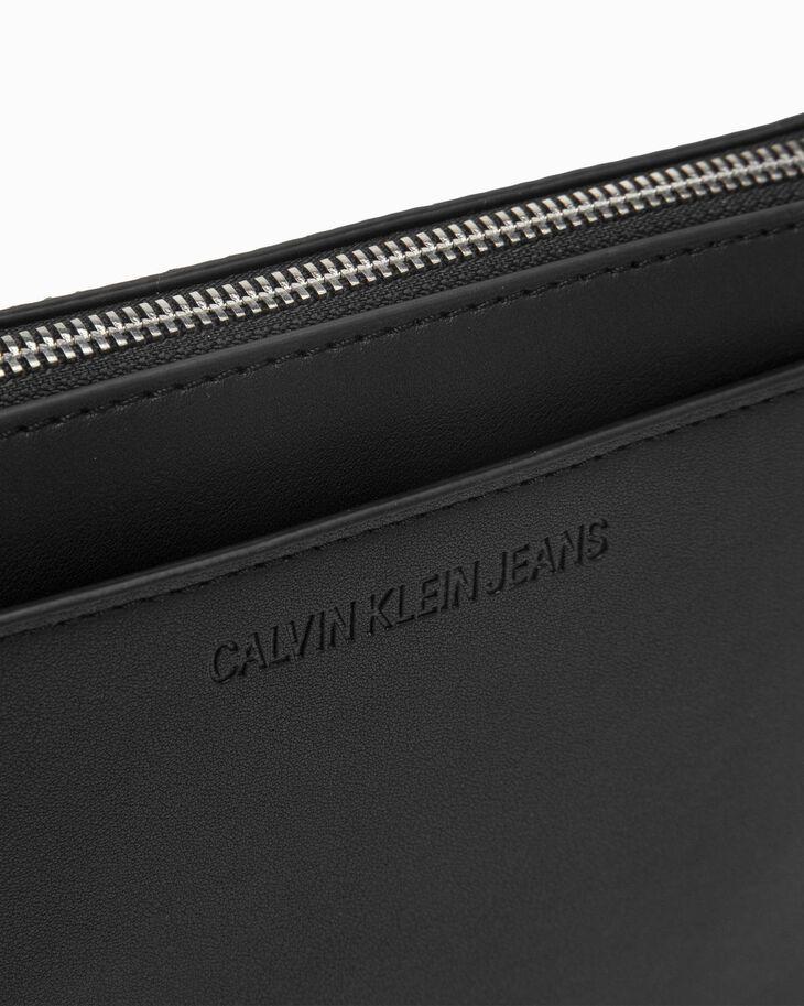 CALVIN KLEIN CKJ SCULPTED MONO 相機包