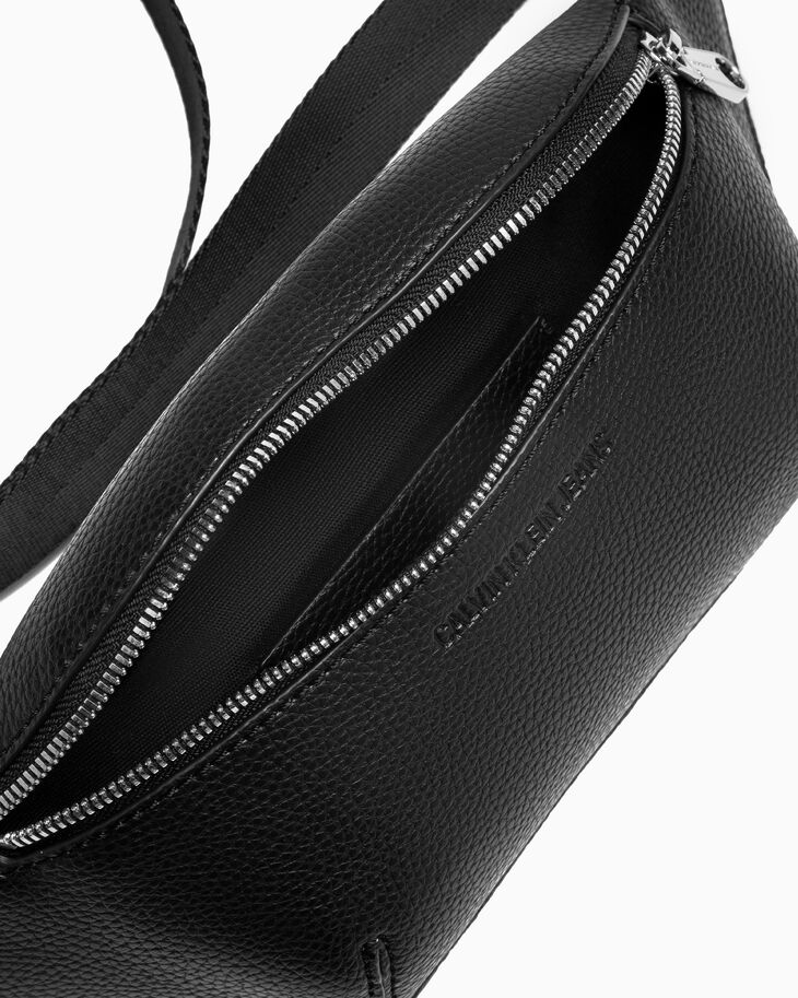 CALVIN KLEIN ULTRA LIGHT LOGO WEBBING STREET PACK