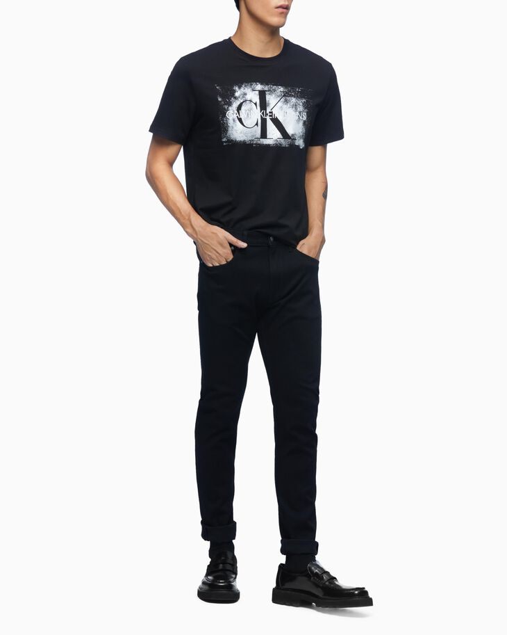 CALVIN KLEIN BLURRED MONOGRAM TEE