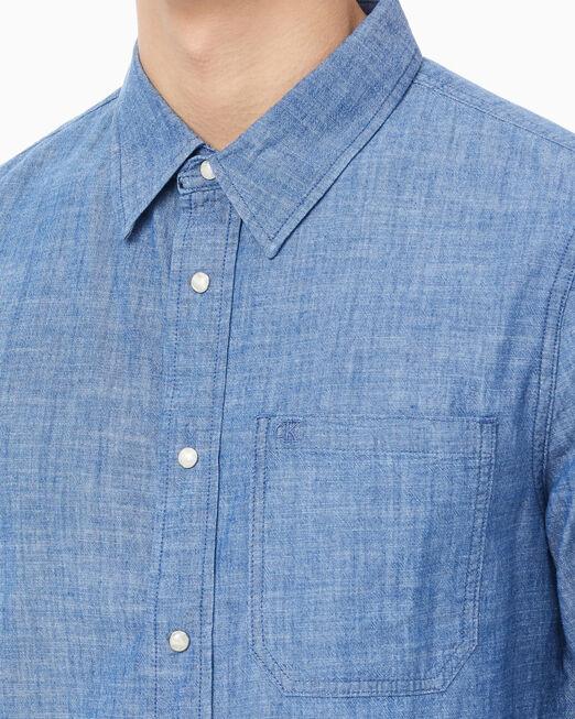 CALVIN KLEIN 남성 1포켓 롱 슬리브 데님 셔츠