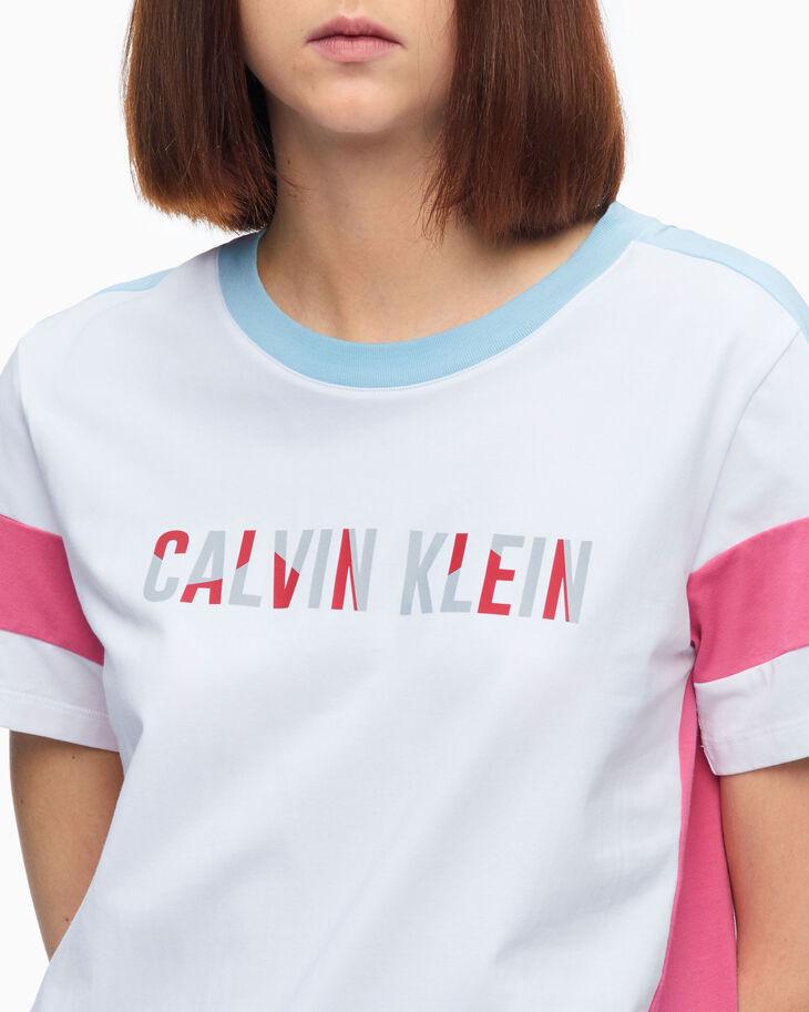 CALVIN KLEIN REFLECTIVE LOGO COLOR BLOCK TEE