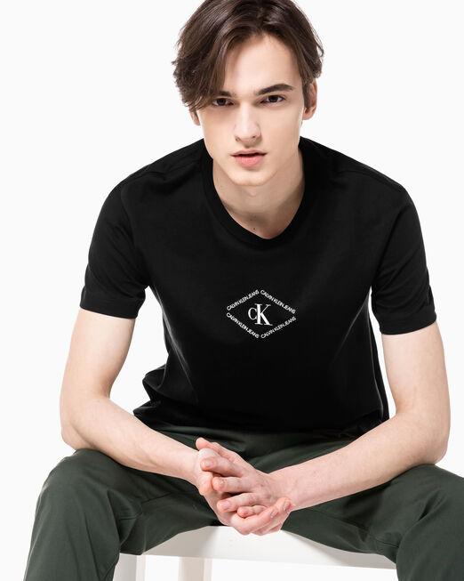 CALVIN KLEIN 남성 레귤러핏 CK 모노트라이앵글 반팔 티셔츠