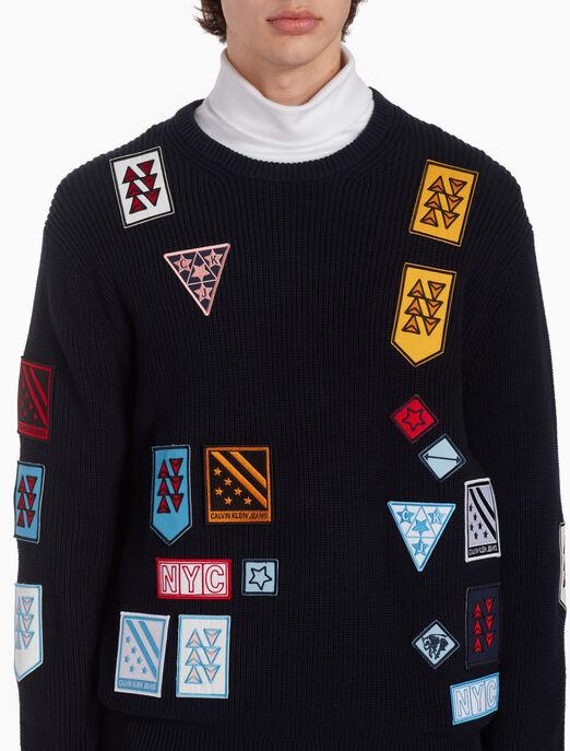 CALVIN KLEIN 리브 니트 멀티 배지 풀오버 스웨터