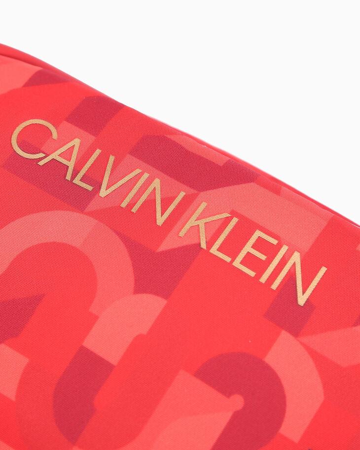 CALVIN KLEIN 春節カプセルコレクション ウエストパック