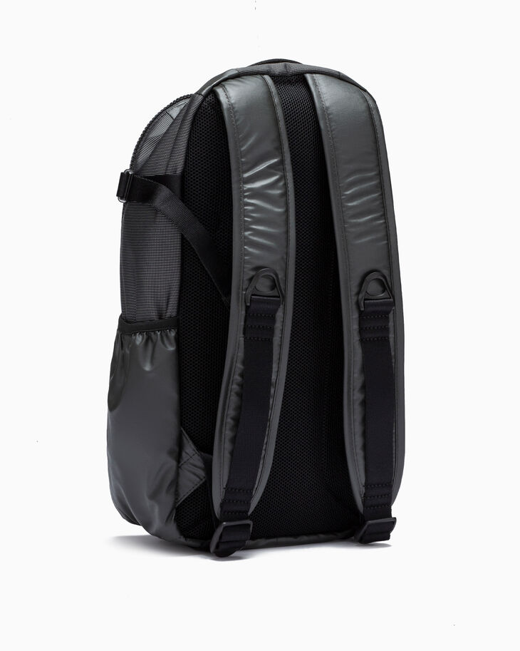 CALVIN KLEIN HIGH TECH SLIM BACKPACK