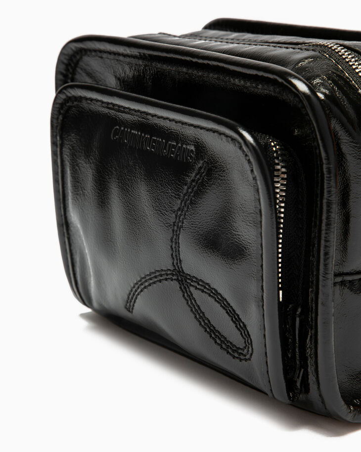 CALVIN KLEIN POCKET STITCH UTILITY CAMERA BAG
