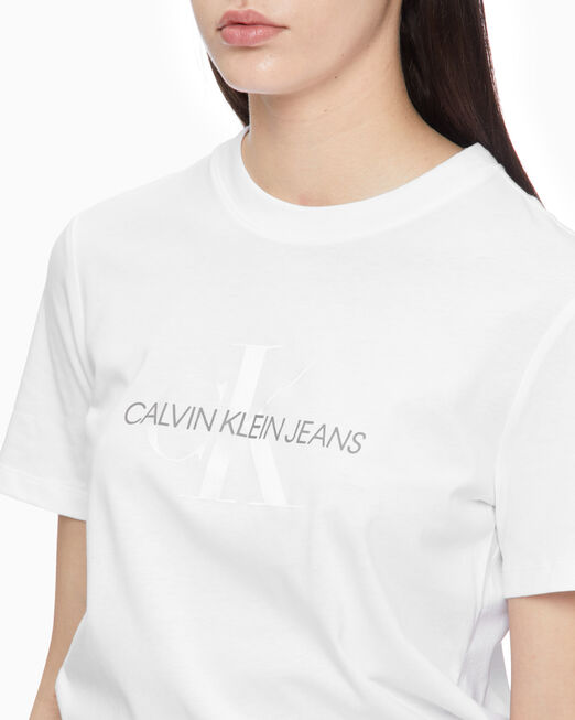 CALVIN KLEIN 여성 화이트 모노그램 스트레이트 핏 반팔 티셔츠