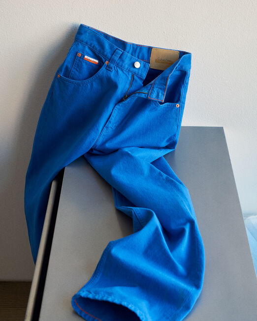 CALVIN KLEIN 남성 프로젝트 오렌지 스트레이트 핏 캔버스 데님(블랙)