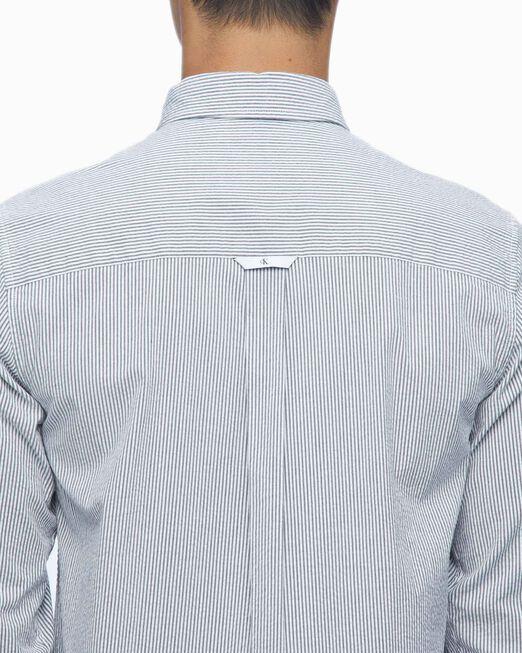 CALVIN KLEIN 남성 시어서커 스트라이프 롱슬리브 티셔츠