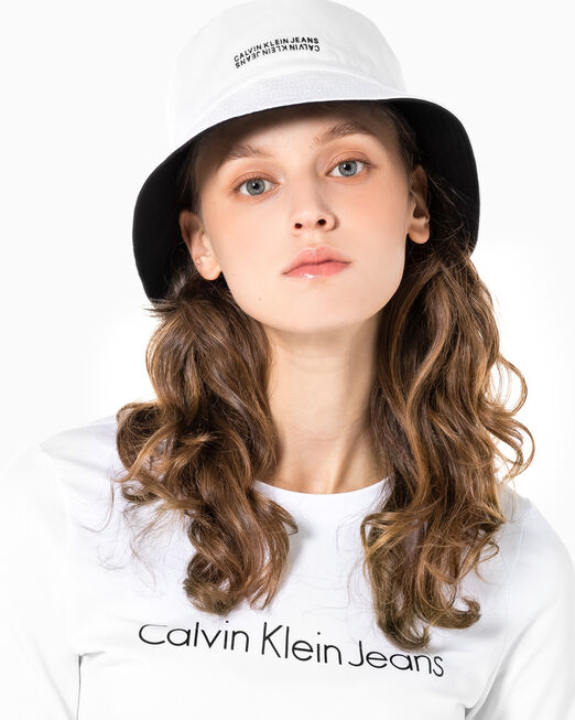 CALVIN KLEIN 남녀공용 리버서블 버킷햇