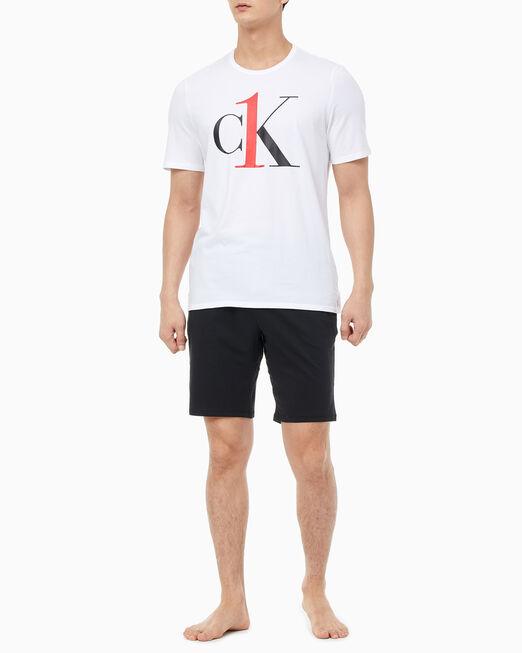 CALVIN KLEIN 남성 CK ONE 그래픽 티 반팔 탑