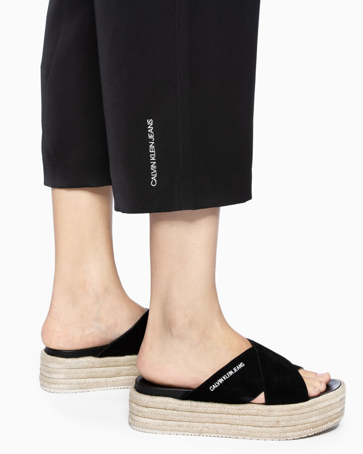 CALVIN KLEIN WOVEN CULOTTES WITH LOGO BELT