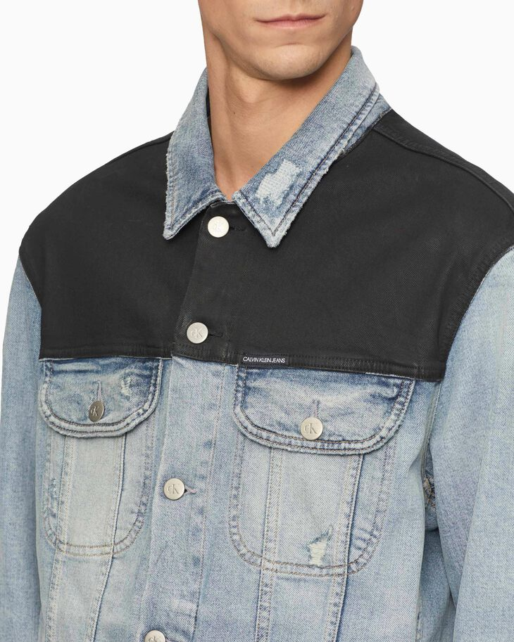 CALVIN KLEIN 90S COATED DENIM TRUCKER JACKET