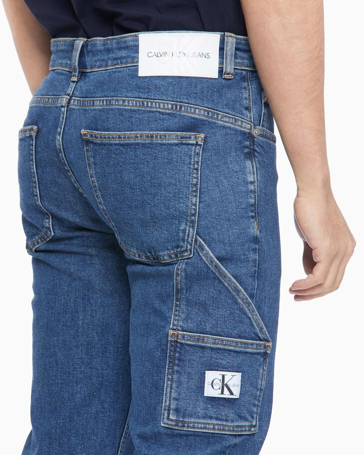 CALVIN KLEIN SUSTAINABLE ICONS UTILITY TAPER BODY JEANS