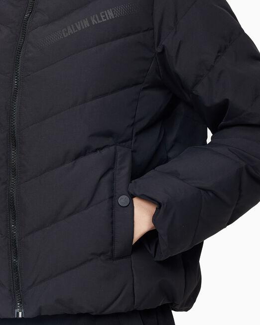 CALVIN KLEIN 여성 리플렉티브 로고 다운 자켓