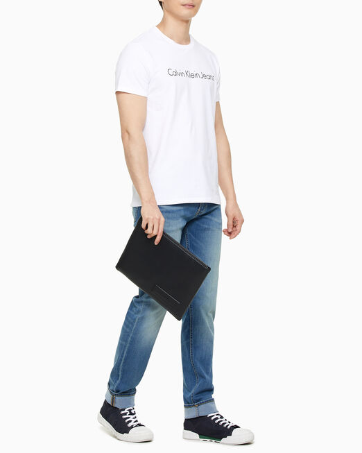 CALVIN KLEIN 남성 비즈니스 페블 트래블 파우치