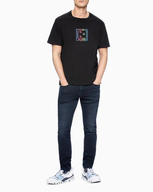 CALVIN KLEIN 남성 멀티그래픽 릴렉스핏 반팔 티셔츠