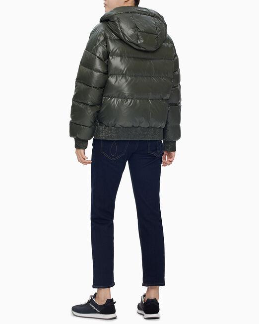 CALVIN KLEIN 여성 블랙 엠보스드 로고 다운 자켓