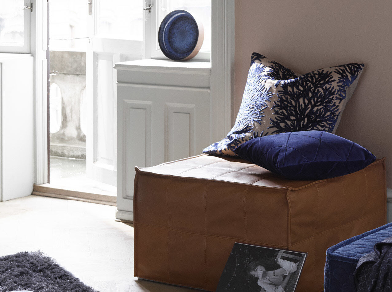 Sofa beds - Xtra tufted footstool with sleeping function