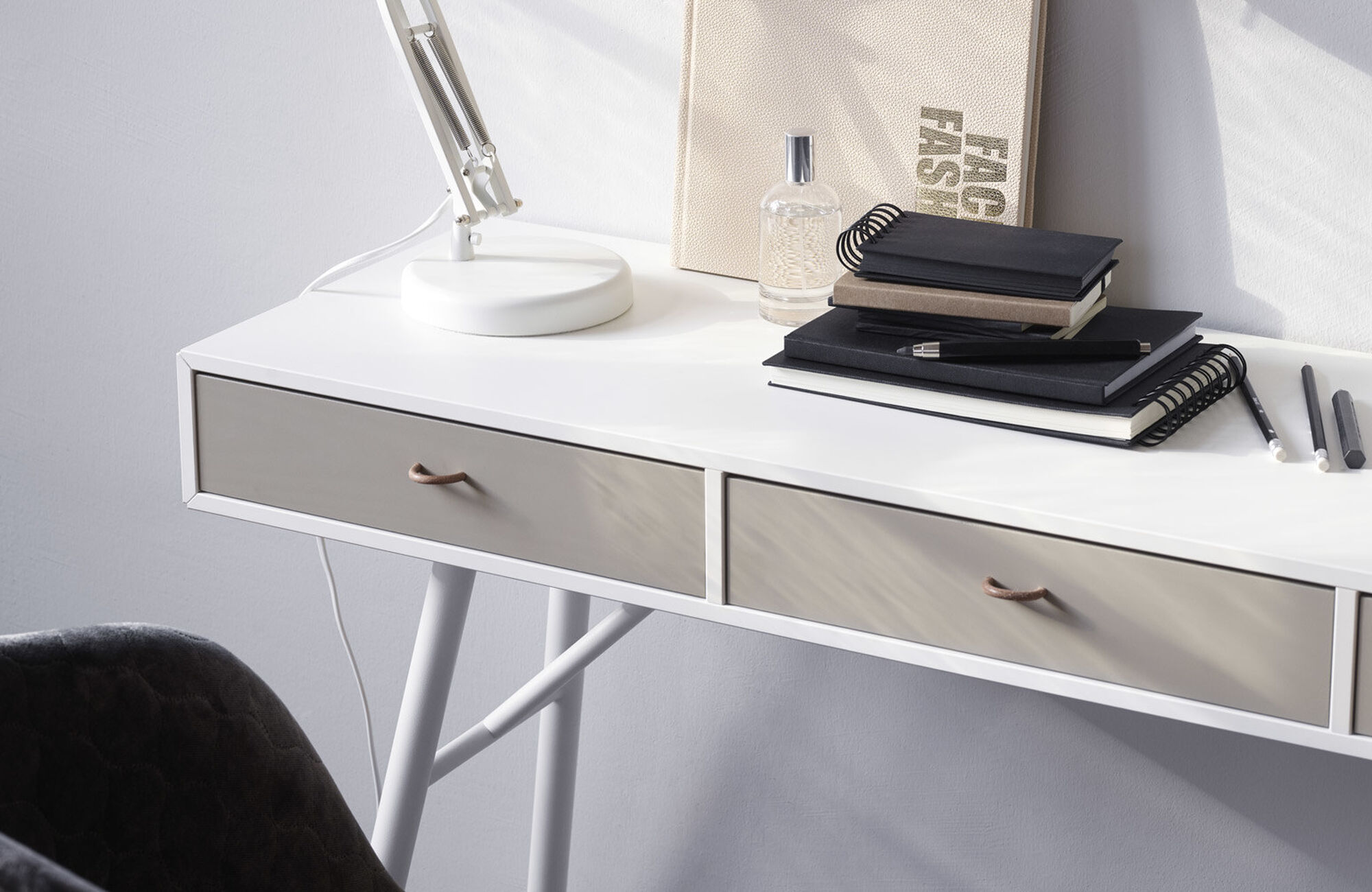 Møbler til gangen - Cupertino konsollbord