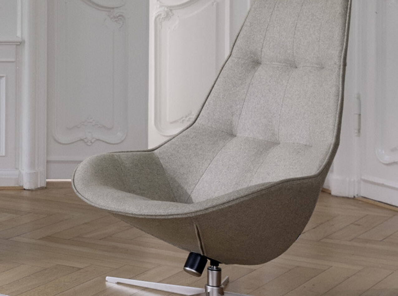 Armchairs - Boston chair with swivel function. Also available with tilt function