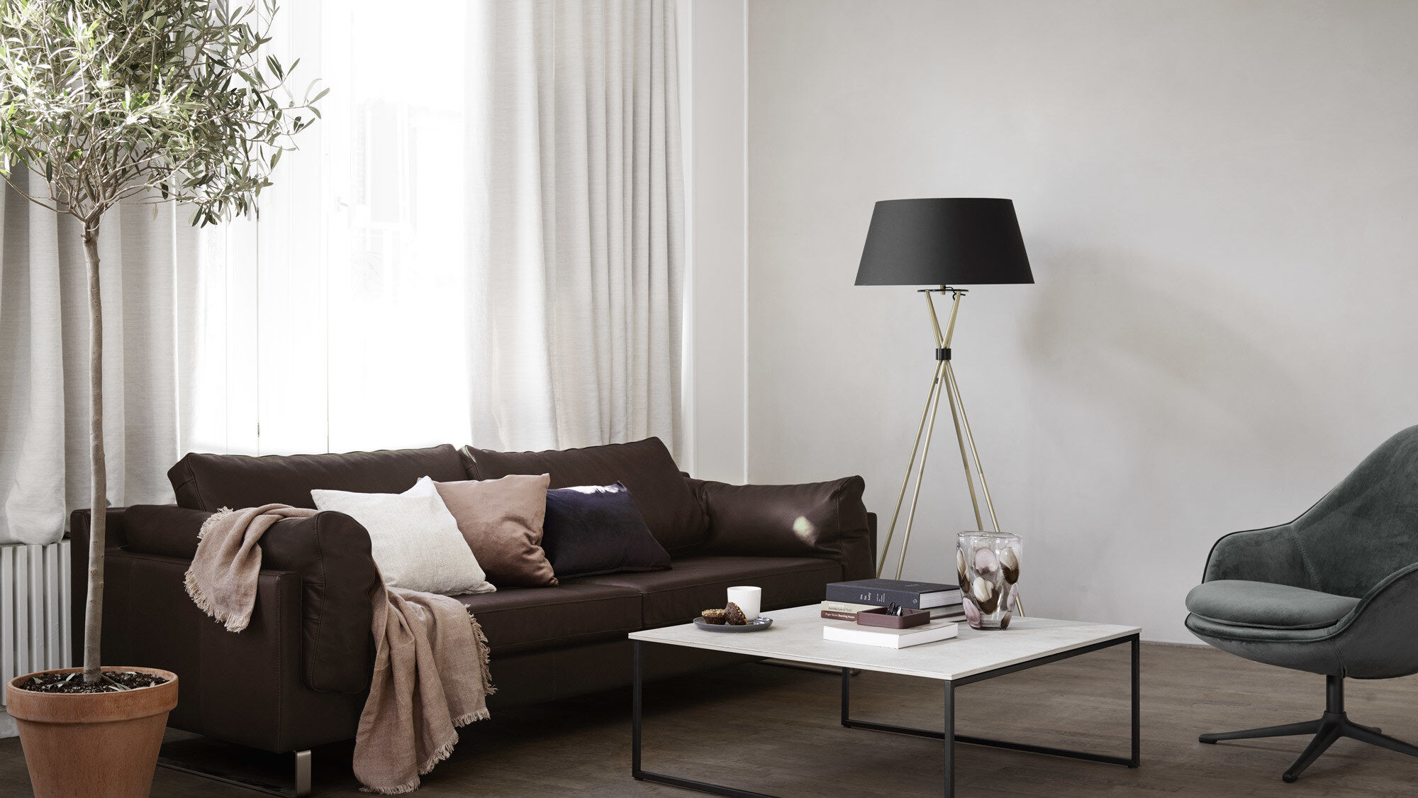 Lamps - Outrigger floor lamp